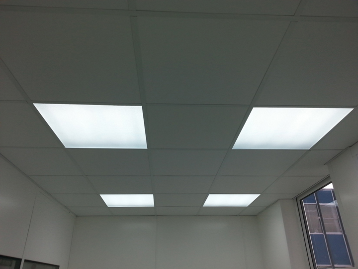 a suspended ceilings with lights and tiles